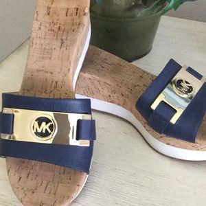 Misses/ladies Michael Kors navy shoes